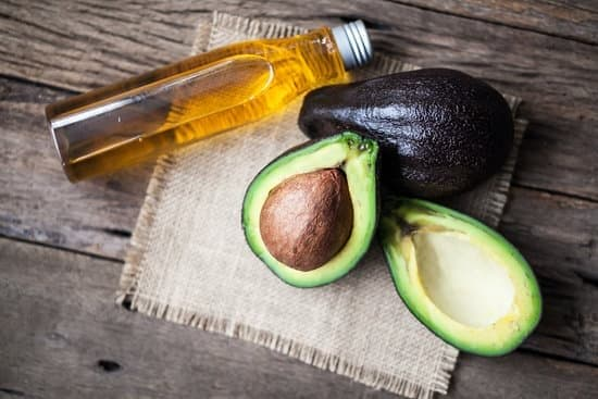 Avocado hot oil treatment